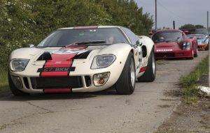 Ford GT40 leads classic cars to the aerodrome